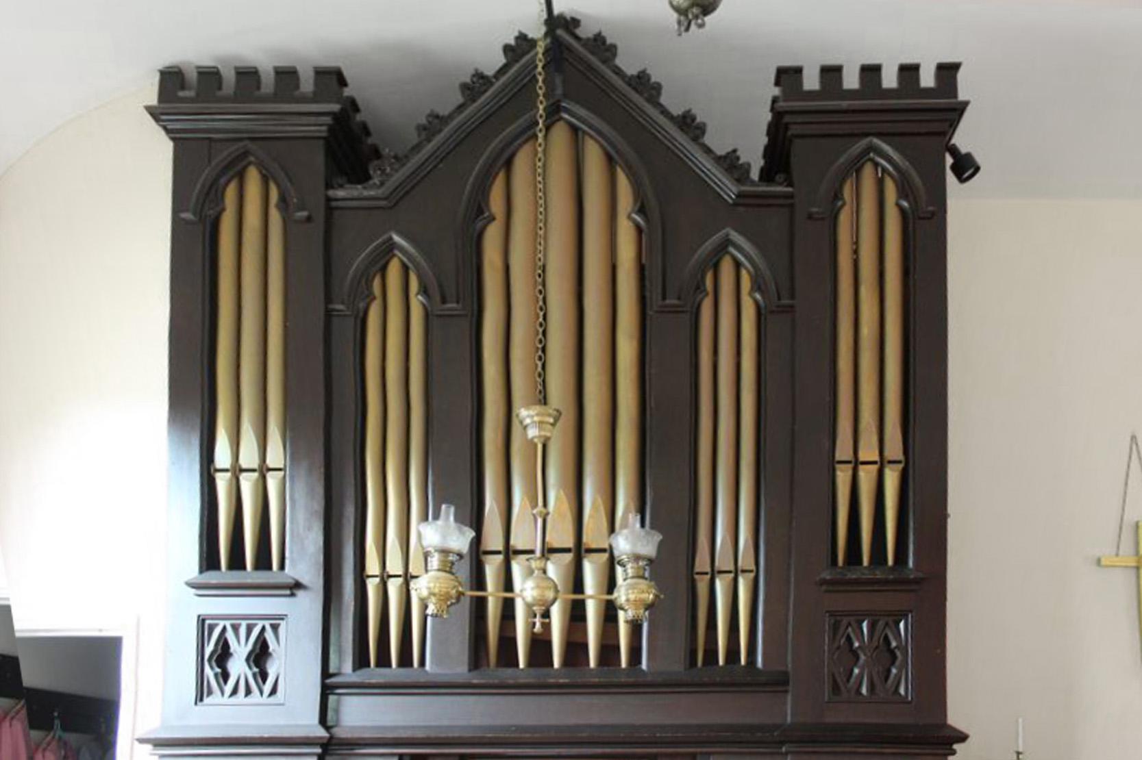 organ-straight